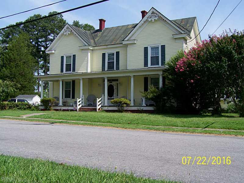 18221 Deloatche Avenue, Boykins, VA 23827