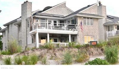 Photo of 3656 Sea Gull Bluff Dr, Virginia Beach, VA 23455