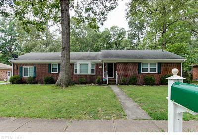Photo of 1612 Eagle Hill Drive, Chesapeake, VA 23321