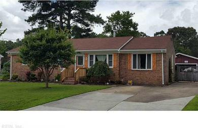 111 East Royce Dr, Chesapeake, VA 23322
