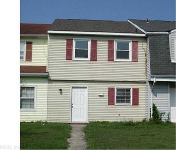 3005 N Radcliffe Lane, Chesapeake, VA 23321