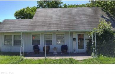 6104 Grimes Ct, Norfolk, VA 23518