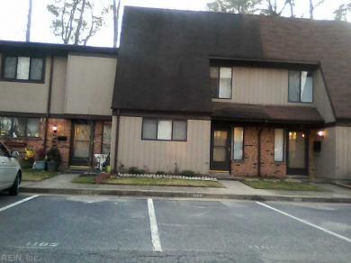 1090 Willow Green Dr, Newport News, VA 23602