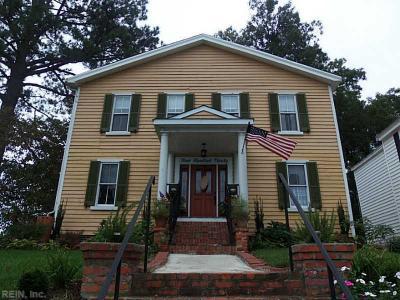Photo of 390 South Church St, Smithfield, VA 23430