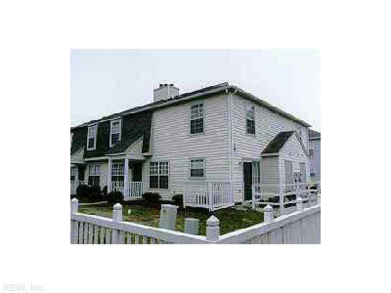 300 Thorncliff Drive, Newport News, VA 23608