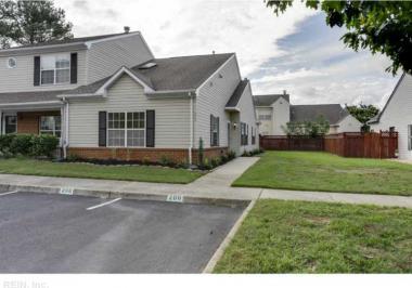 200 Crescent Court, Yorktown, VA 23693