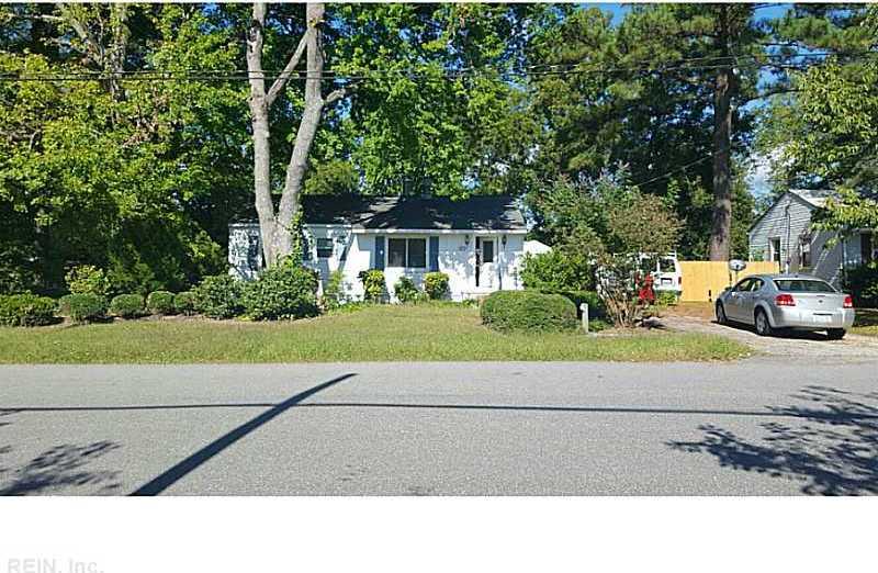 25 Hoopes Road, Newport News, VA 23602