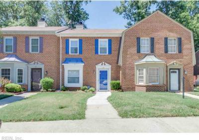 64 Colonial Way, Chesapeake, VA 23325