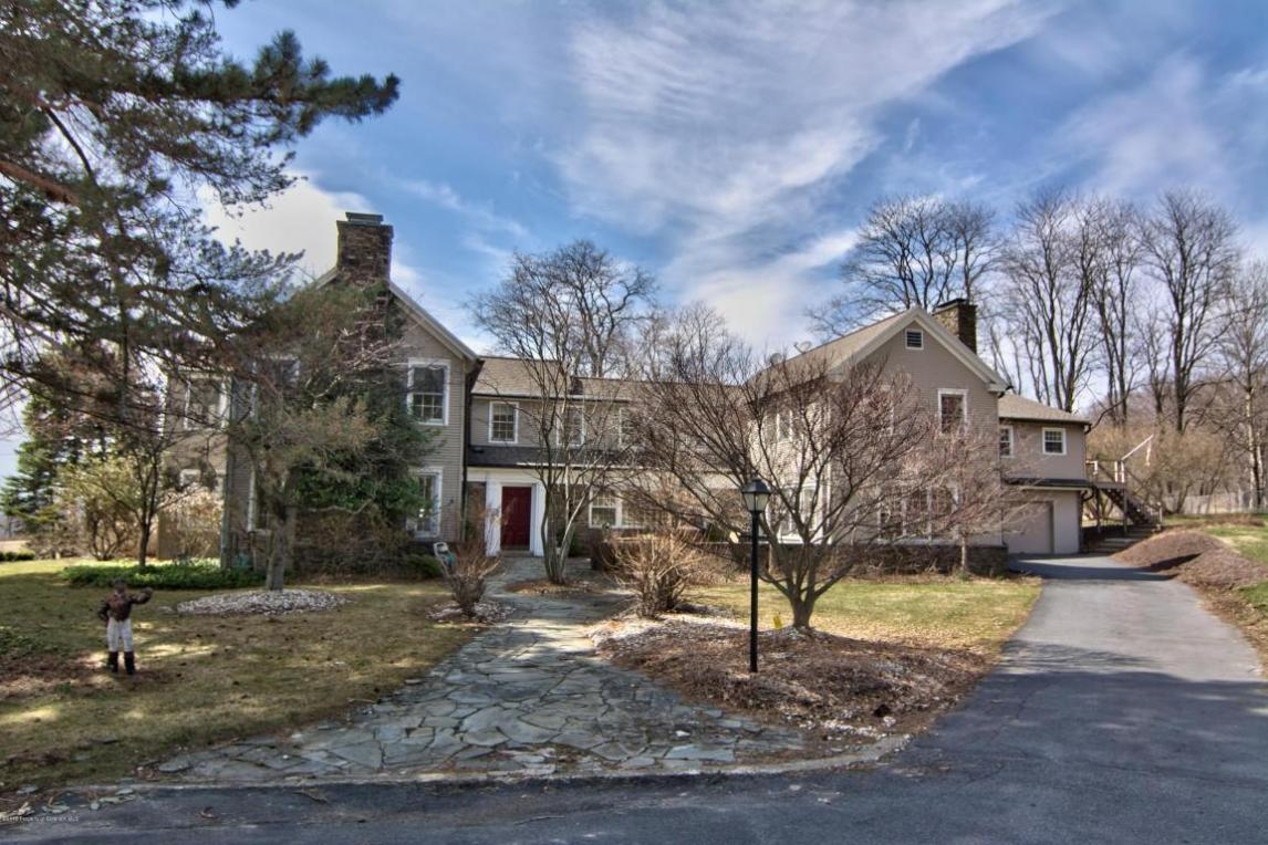 345 Carbondale Rd, Waverly, PA 18471