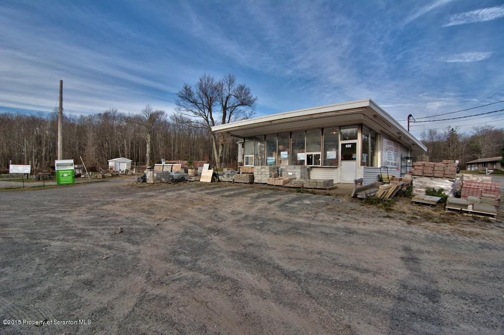 698 Drinker Turnpike, Covington Twp, PA 18424