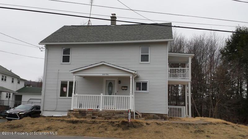 45 Plum Ave, Carbondale, PA 18407