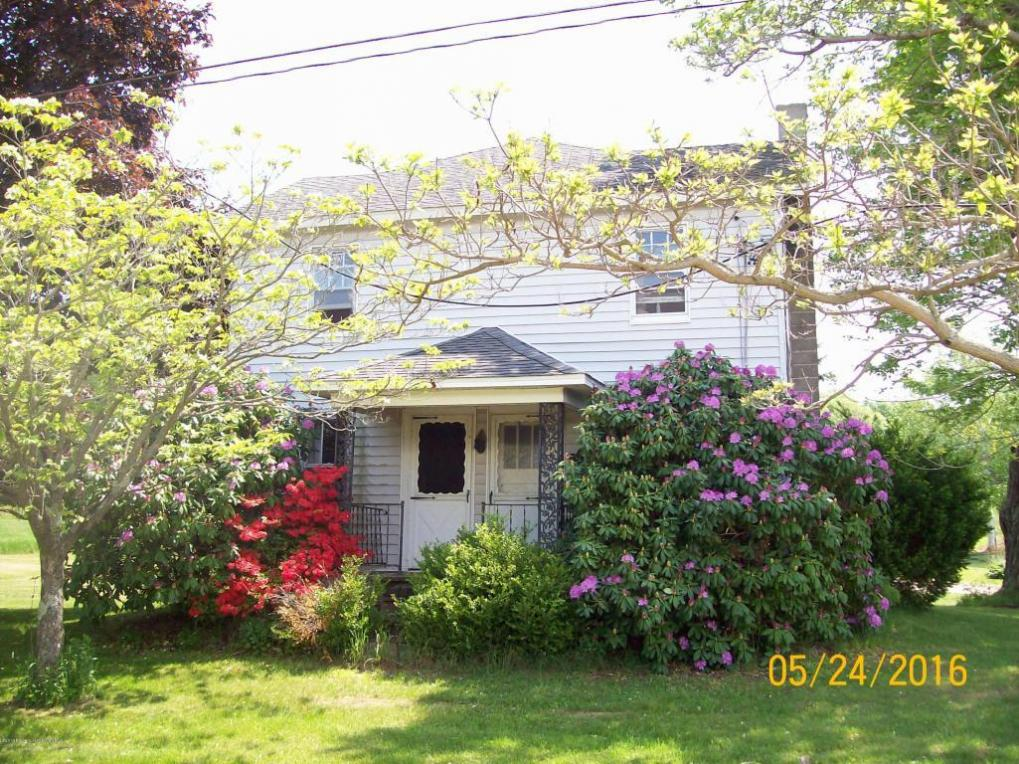 111 Overlook Drive Dr, Falls, PA 18615