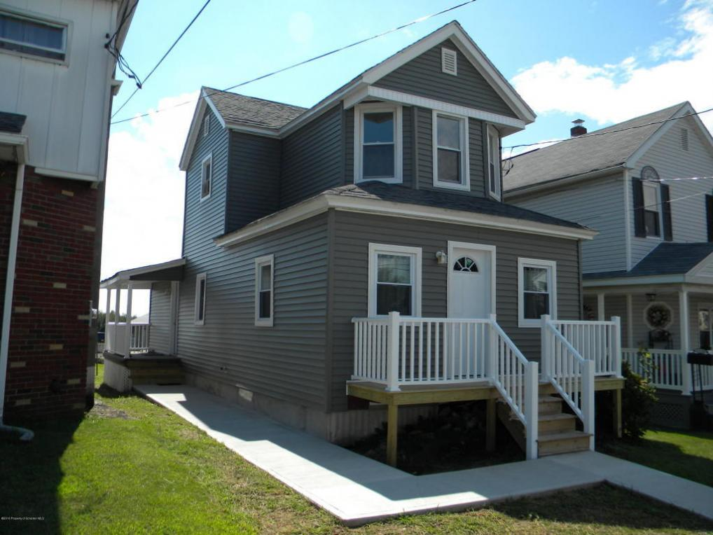 1227 Loomis Ave, Taylor, PA 18517