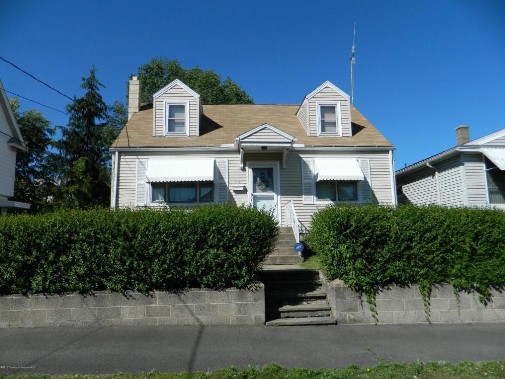 1015 Maple St, Scranton, PA 18505