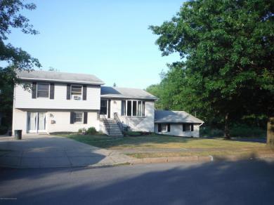2202 Cedar Ave, Scranton, PA 18505