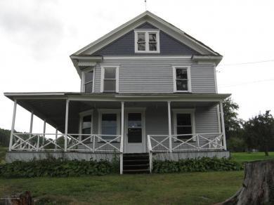 1715 Falls Road, Clarks Summit, PA 18411