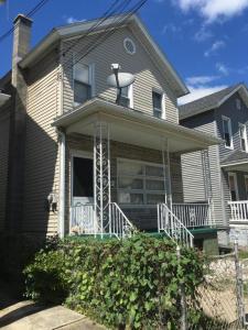 1021 Diamond Ave, Scranton, PA 18508