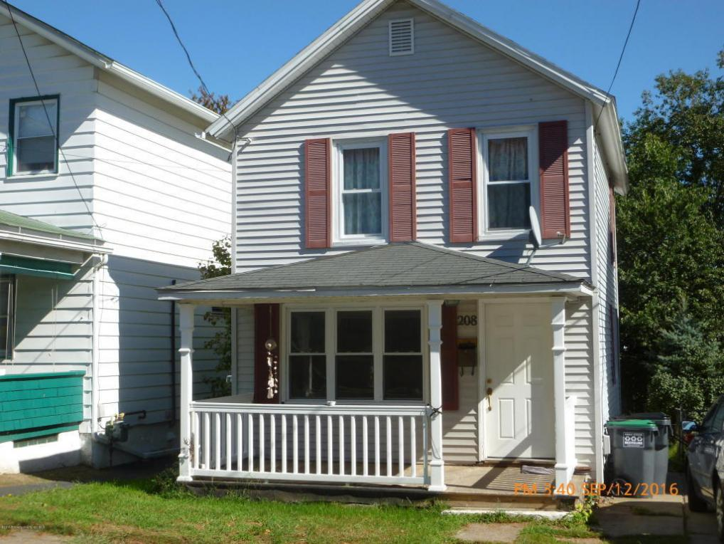 208 Whitmore Ave, Mayfield, PA 18433