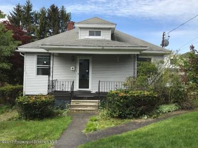 35 Penrose St, Peckville, PA 18452