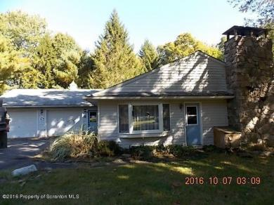 24 Pheasant Hill Rd, Hawley, PA 18428