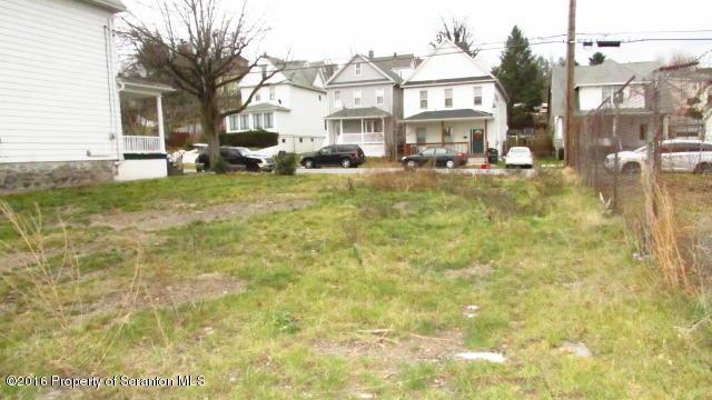 710 Crown Ave, Scranton, PA 18505