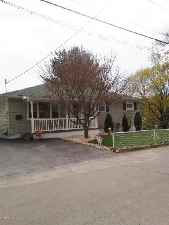 48 Plum Ave, Carbondale, PA 18407