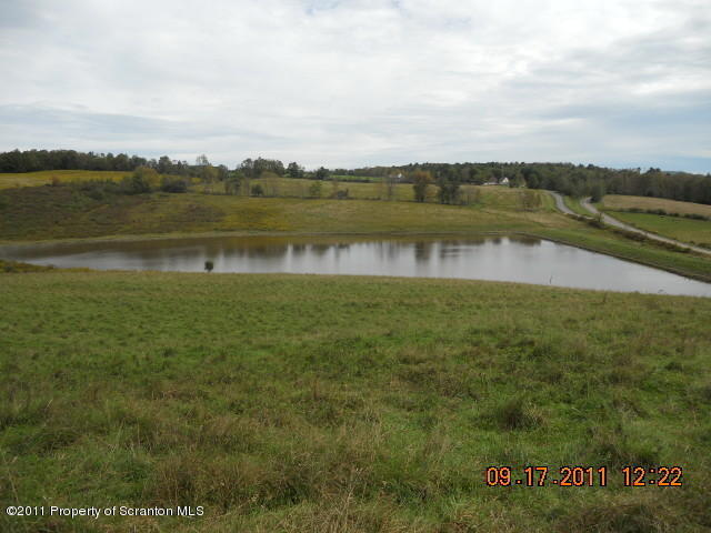 1125 Sr 4002, Laceyville, PA 18623