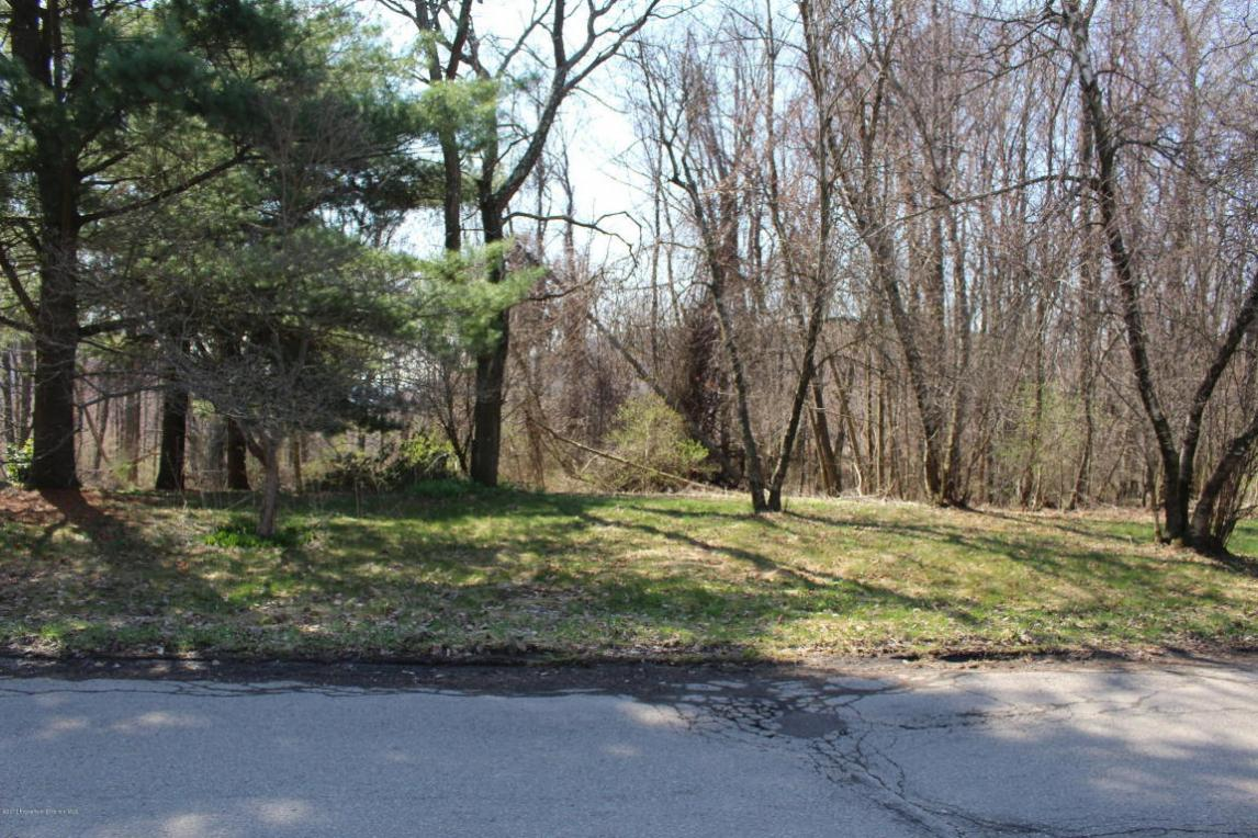 Old Colony Rd, Clarks Summit, PA 18411