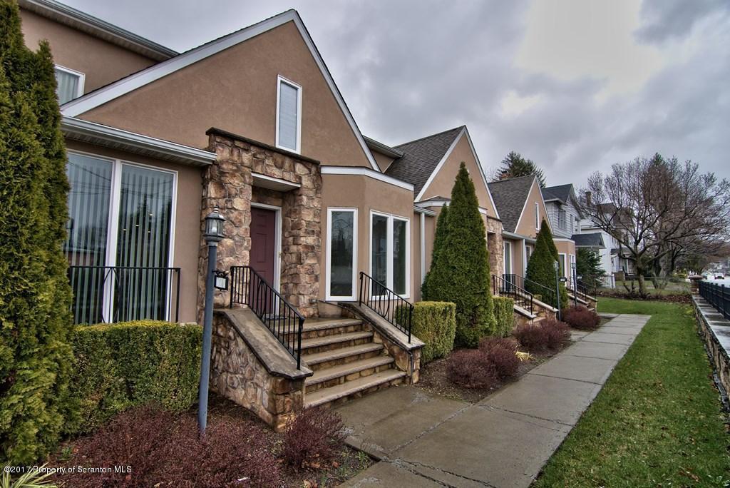 707 Green Ridge St, Scranton, PA 18509