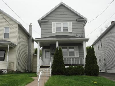 Photo of 115 5th St, Blakely, PA 18447