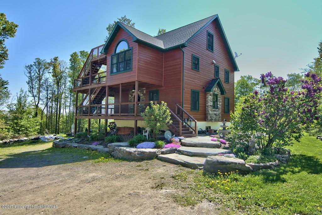 21 Vista Ter, Moscow, PA 18444