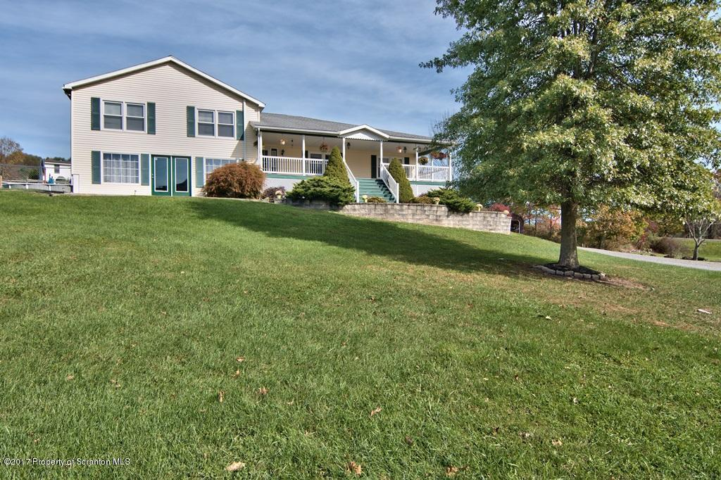 1060 Lithia Valley Rd, Factoryville, PA 18419