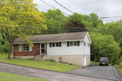 213 Clearview Lane, Peckville, PA 18452