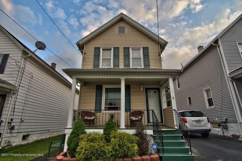 13 Glinko St, Scranton, PA 18504