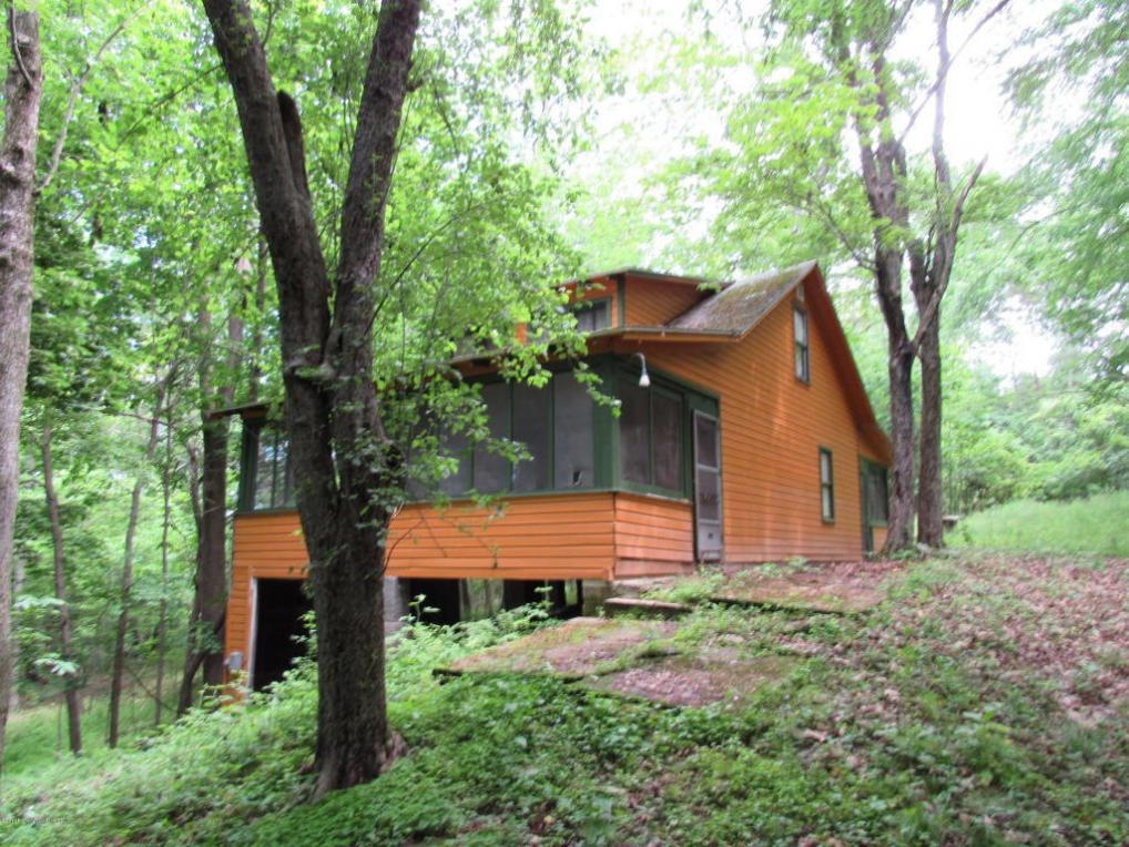 635 Kerry Lane, Lake Winola, PA 18625