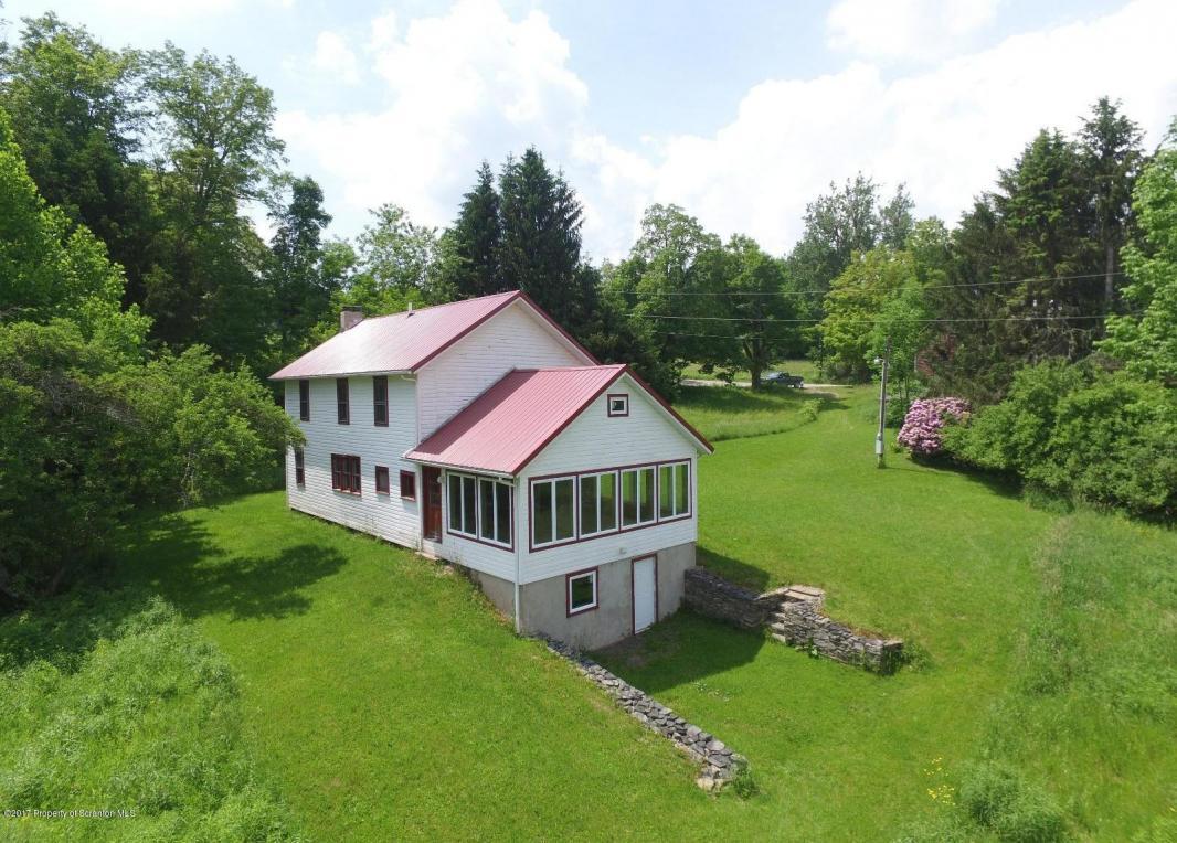 368 Dix Rd, Pleasant Mount, PA 18453