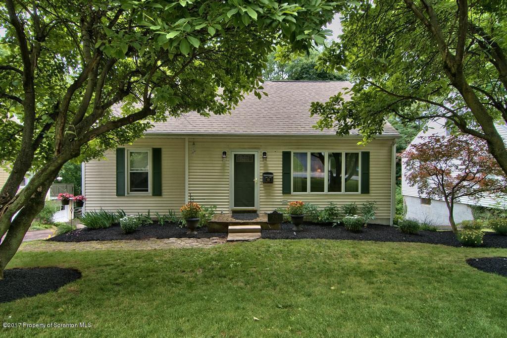 236 E Grove St, Clarks Green, PA 18411
