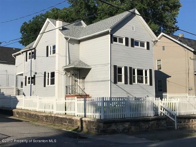 1920 Washburn St, Scranton, PA 18504