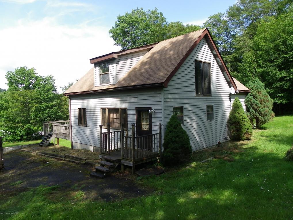 2691 North Road, Montrose, PA 18801
