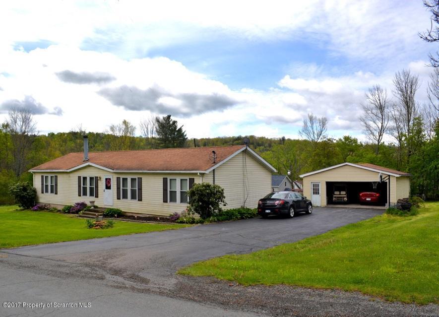 116 Lake Rd, Nicholson, PA 18446