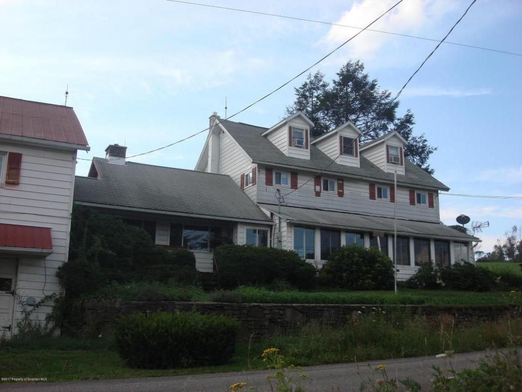 206 Rowland Ln, Monroe Twp, PA 18612