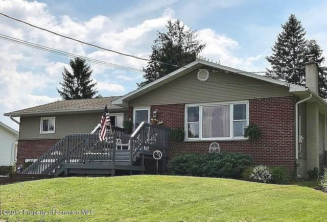 211 Green St, Clarks Green, PA 18411
