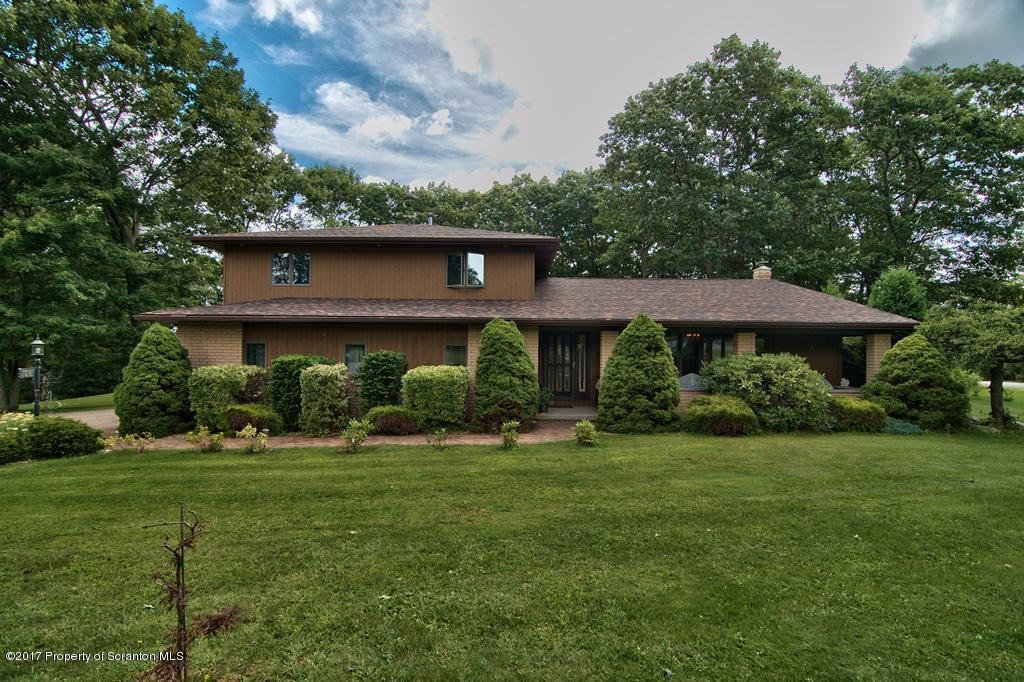 700 Jefferson Blvd, Jefferson Twp, PA 18436