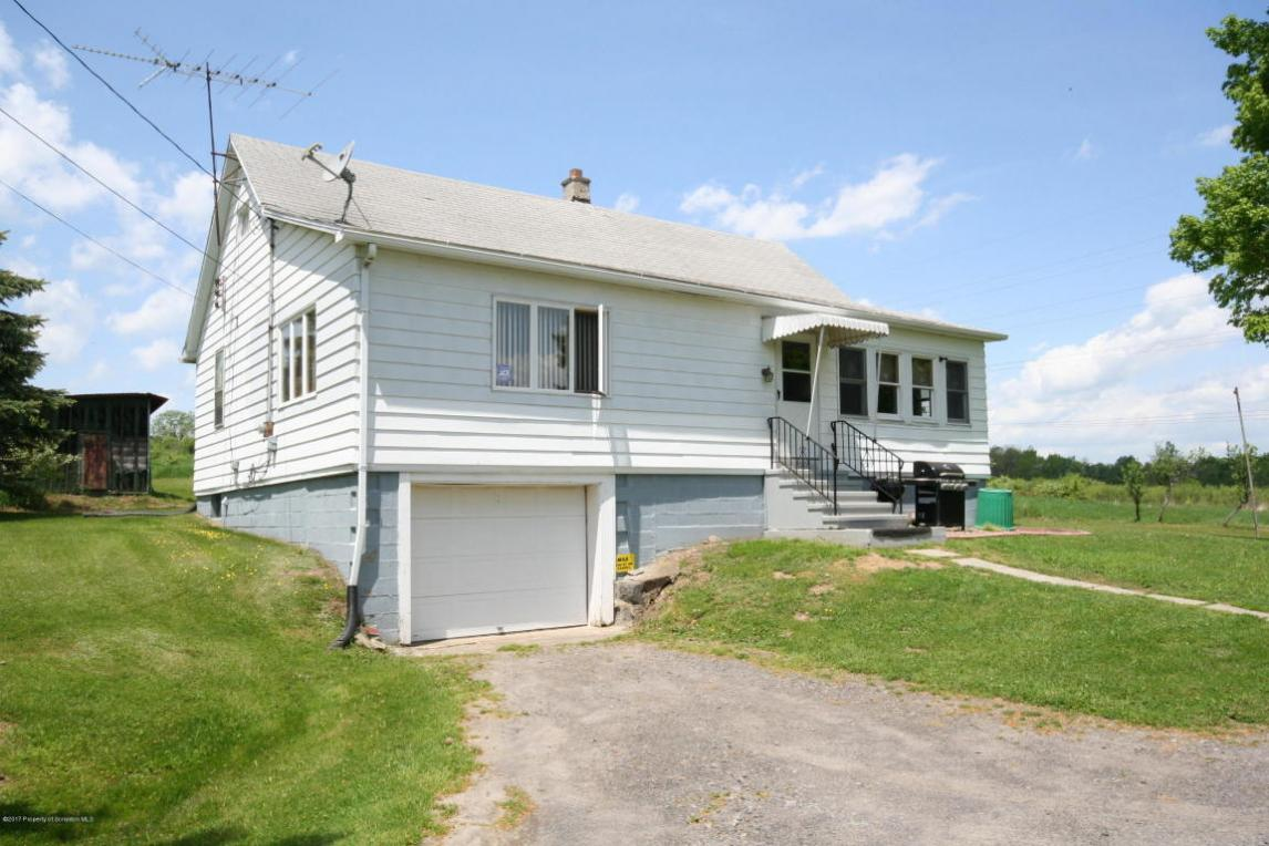 257 Quinton Rd, Scott Twp, PA 18447