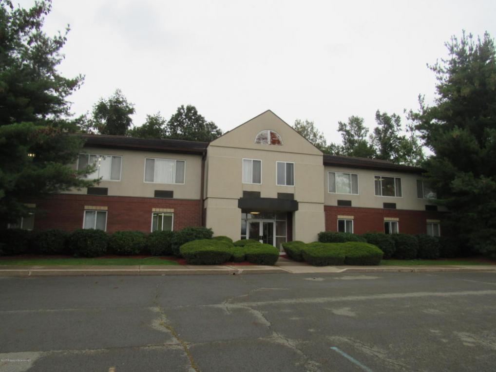 299 Main St, Sturges, PA 18403