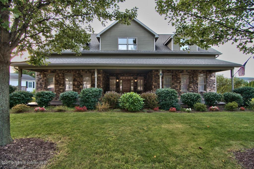230 Constitution Ave, Jessup, PA 18434