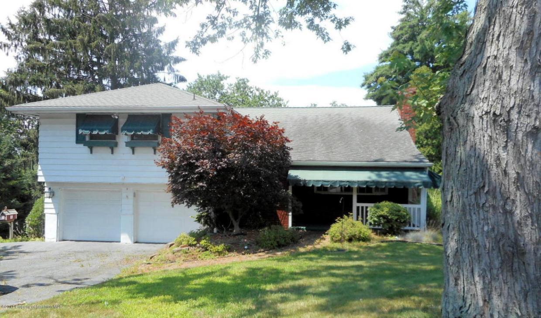 307 Stone Ave, Clarks Summit, PA 18411
