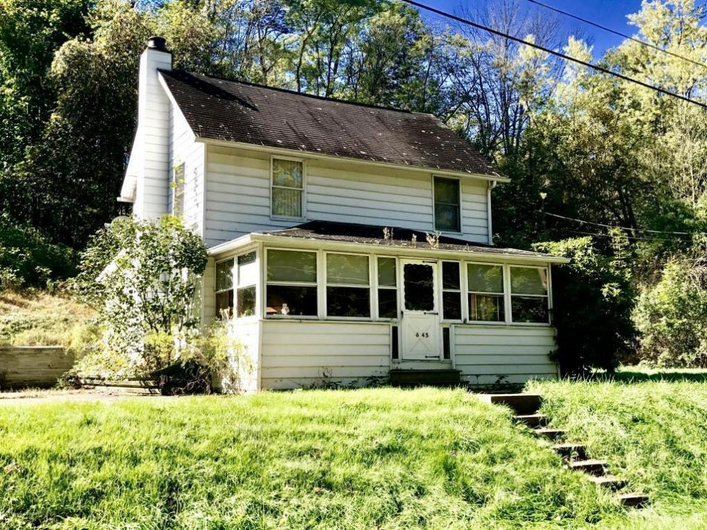 645 Old State Rd, Falls, PA 18615