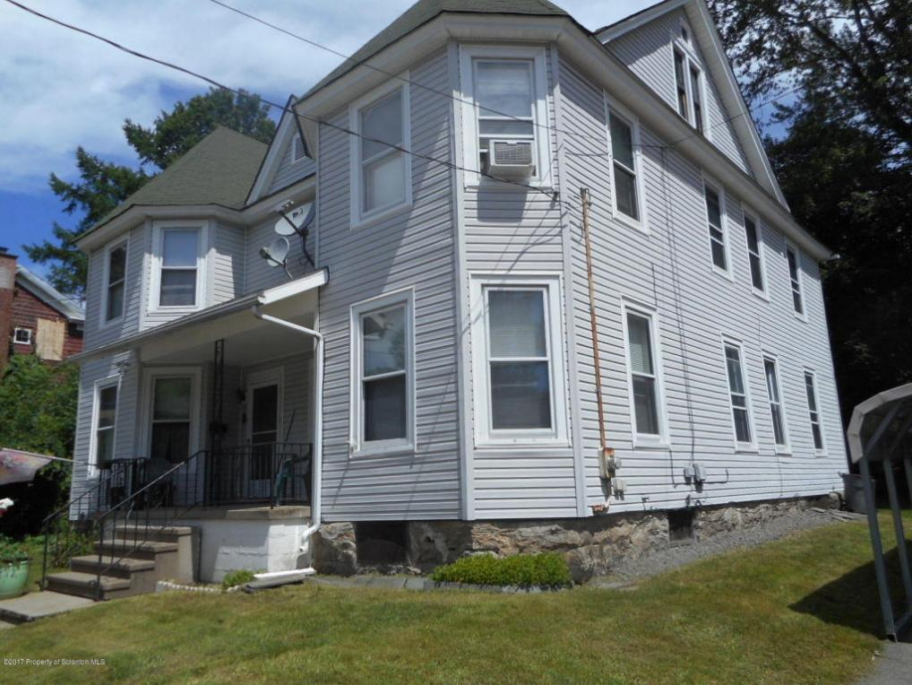 8-10 Mitchell Ave, Carbondale, PA 18407