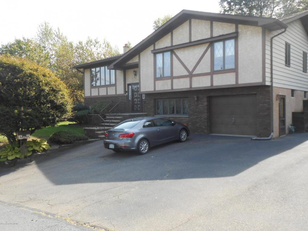 5 Sharon Drive, Moosic, PA 18507
